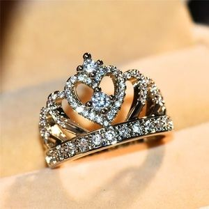 New 18K White Gold crown ring